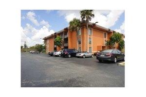 9405 SW 76th St # Y21, Miami, FL 33173