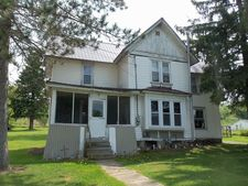180 Church St, Mills, PA 16937
