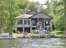 266 S Lake Dr, Lake Harmony, PA 18624