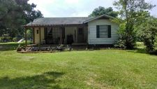 1842 County Road 1207, Maud, TX 75567