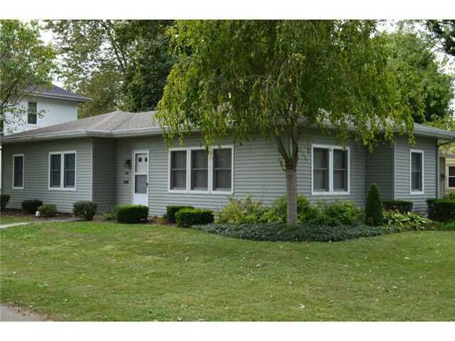 200 S Main St Hicksville Oh 43526 Home For Sale And