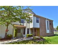 510 Sunshine Ct, Sayreville, NJ 08859