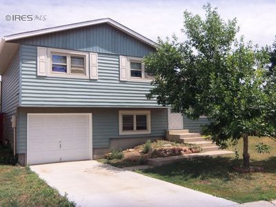 8328 Peakview Dr, Fort Collins, CO