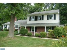 917 Collins Dr, West Chester, PA 19380