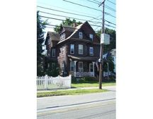 10 Gould St, Wakefield, MA 01880