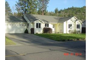 556 Yewwood Dr, Shady Cove, OR 97539