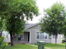 702 S Gonzales St, Cuero, TX 77954