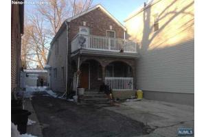 44 Reynolds Ave, Harrison, NJ 07029