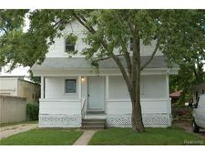 31 W Barrett Ave, Madison Heights, MI 48071