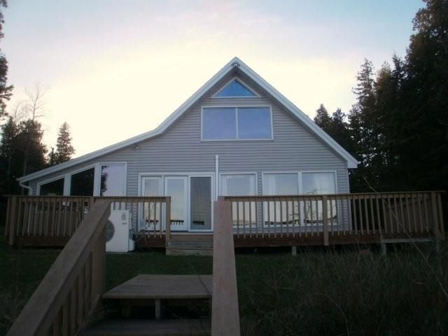 bark river singles 1460 17th rd, bark river, mi is a 1848 sq ft, 2 bed, 2 bath home listed on trulia for $265,000 in bark river, michigan.