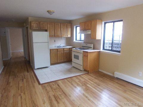 14451 85th Ave, Briarwood, NY 11435