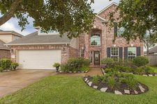 2803 Chinaberry Park Ln, League City, TX 77573