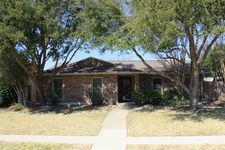 448 Woodway Dr, Coppell, TX 75019