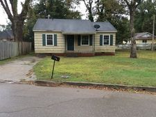 902 Carr Ave, Clarksdale, MS 38614