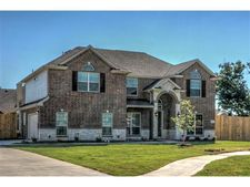 917 Roanoke Ct, Kennedale, TX 76060