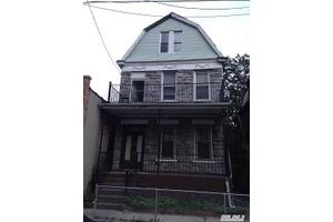 1702 Topping Ave, Out Of Area Town, NY 10457