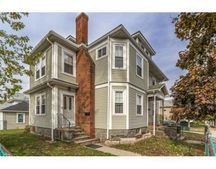 68 Bromfield St, Quincy, MA 02170