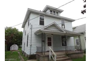 1036 Watson St SW, Grand Rapids, MI 49504
