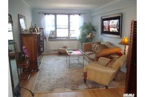 6771 Yellowstone Blvd Apt 6n, Forest Hills, NY 11375