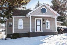 111 Richland Ave, Saint Clairsville, OH 43950