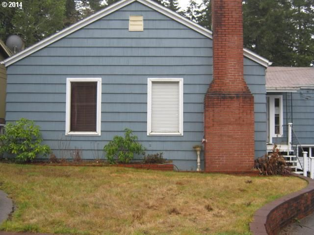 787 S 1st Ave Coquille, OR 97423