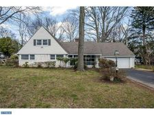 1103 Boxwood Rd, Jenkintown, PA 19046