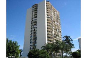2400 Presidential Way Apt 806, West Palm Beach, FL 33401