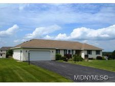 507 Bretts Way, Whitesboro, NY 13492