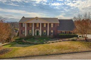 11020 Calloway View Dr, Knoxville, TN 37934