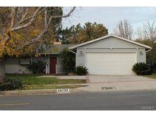 20765 Clark St, Woodland Hills, CA 91367
