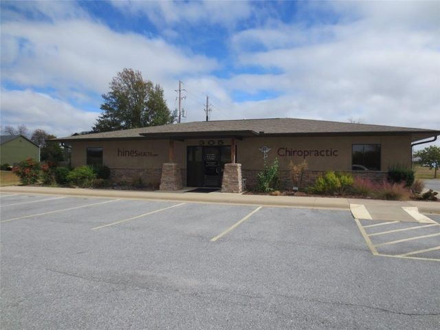 305 n 24th st rogers ar 72756 home for sale and real estate listing
