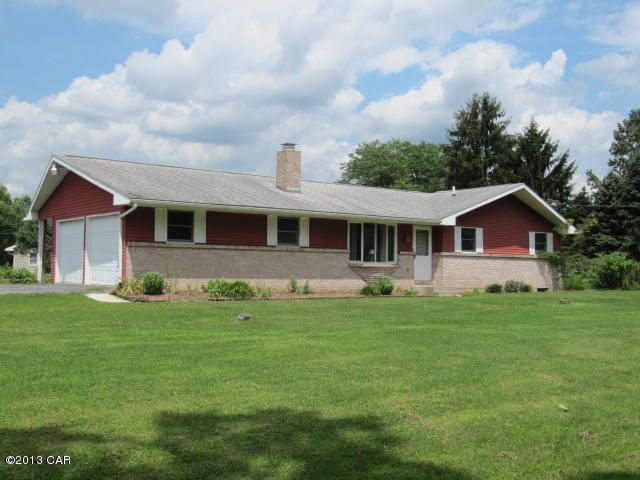 145 Carnation Ln, Lehighton, PA