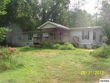 915 Dudley Dr, Sevierville, TN 37876