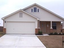 306 Mossy Rock Dr, Hutto, TX 78634