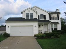 14805 Glen Valley Dr, Middlefield, OH 44062