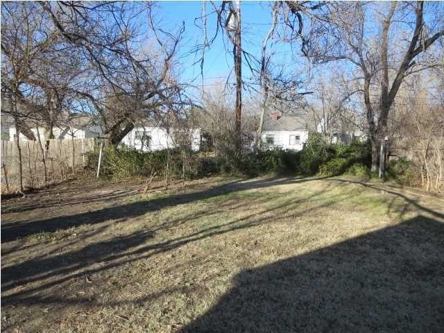 4906 E Pine St Wichita Ks 67208 Realtor Com 174
