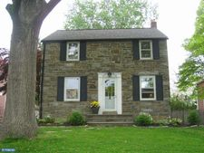 2241 E County Line Rd, Ardmore, PA 19003