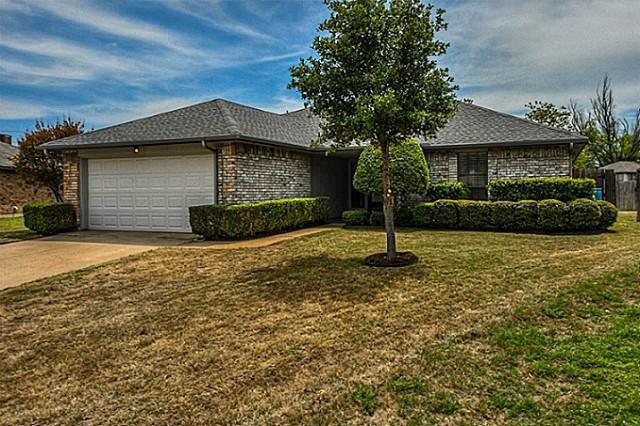 1105 Christie Ct Flower Mound, TX 75028