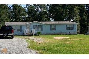 110 Hunters Ridge Dr, Monticello, GA 31064