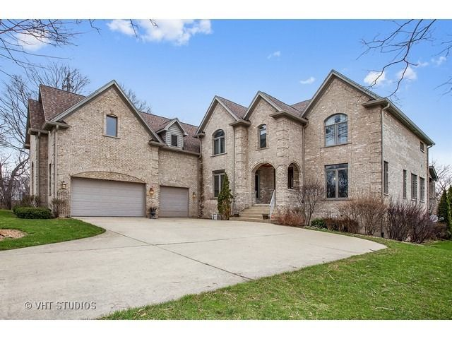 1501 Guthrie Dr, Inverness, IL 60010
