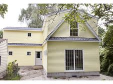 220 Union St, Portsmouth, NH 03801