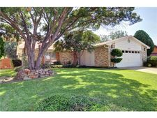 7333 Misty Meadow Dr S, Fort Worth, TX 76133