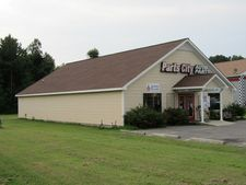 16474 General Puller Hwy, Deltaville, VA 23043