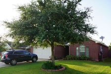 2817 Seastrand Ln, Dickinson, TX 77539