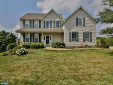 52 Mystery Rose Ln, West Grove, PA 19390