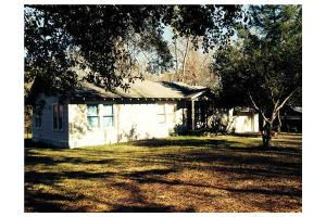 132 Happy Hollow Rd, Pollock, LA 71467