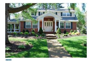 73 Rugby Pl, Woodbury, NJ 08096