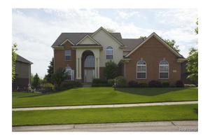 1711 Applebrook Dr, Commerce Twp, MI 48382