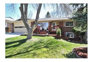 1800 S VALENTINE St, Lakewood, CO 80228