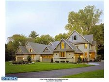 136 Traymore Ln, Rose Valley, PA 19063